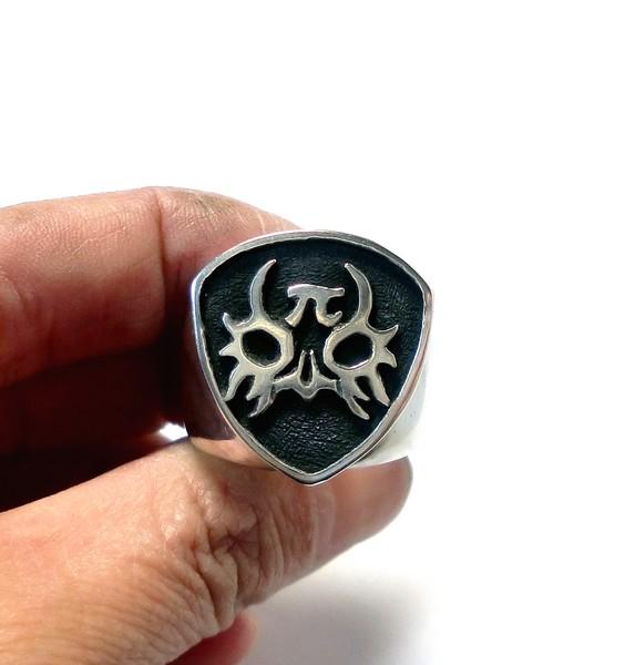 オーダーメイドシルバーアクセサリー/覆面デザインのリング