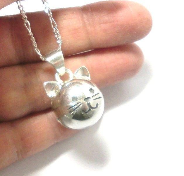 手作りシルバーアクセサリー/猫の鈴のシルバーネックレス