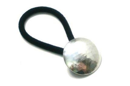 槌目模様の円形ヘアゴム